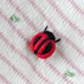 スリーパー刺繍てんとう虫